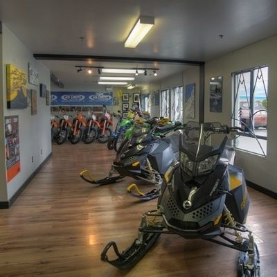 No Limits Motorsports - Squamish - Ski-Doo Dealer
