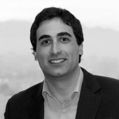Aleksis Archiles - Gerente de Finanzas