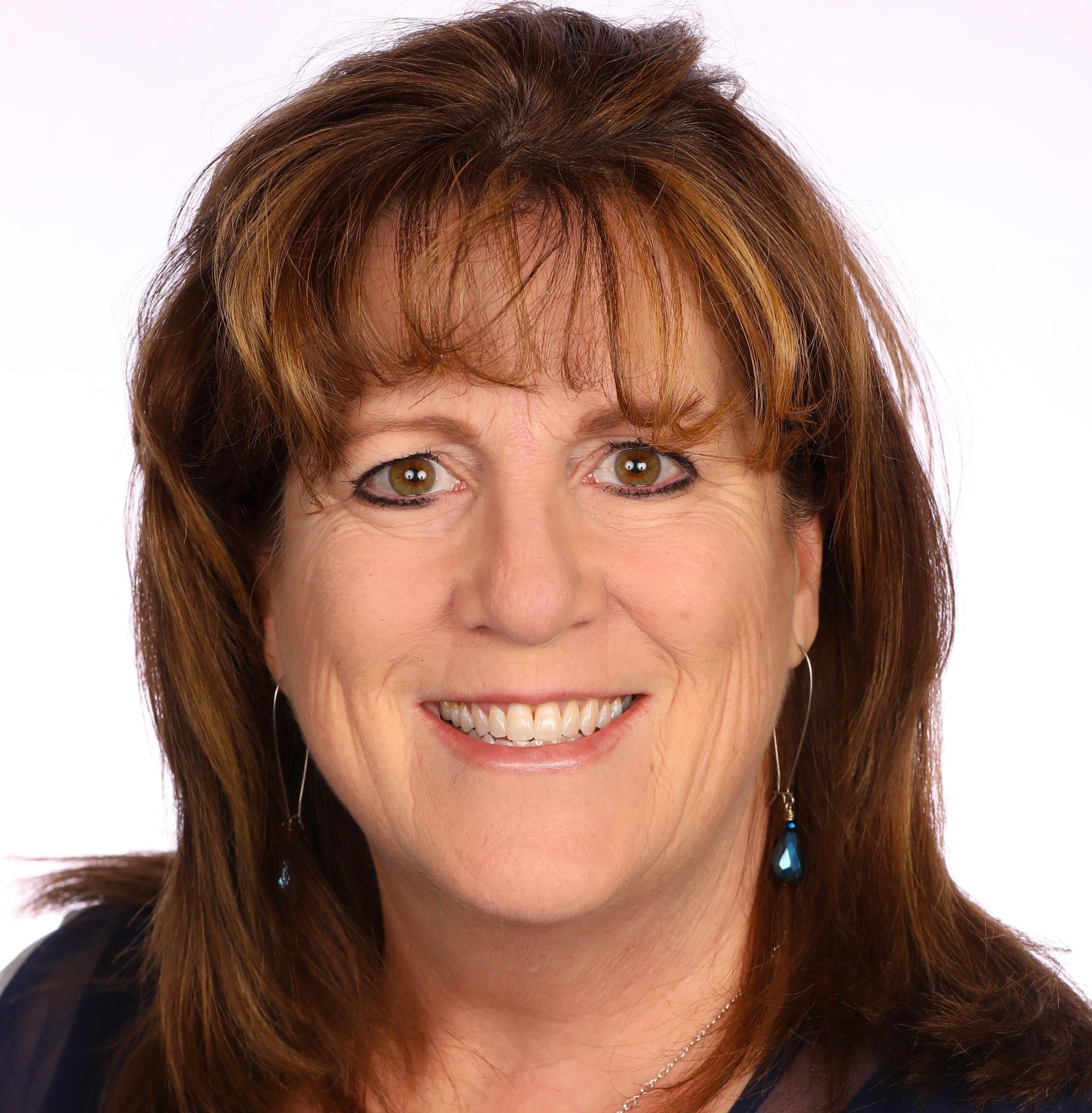 Elizabeth Campbell - Member Engagement & Event Manager