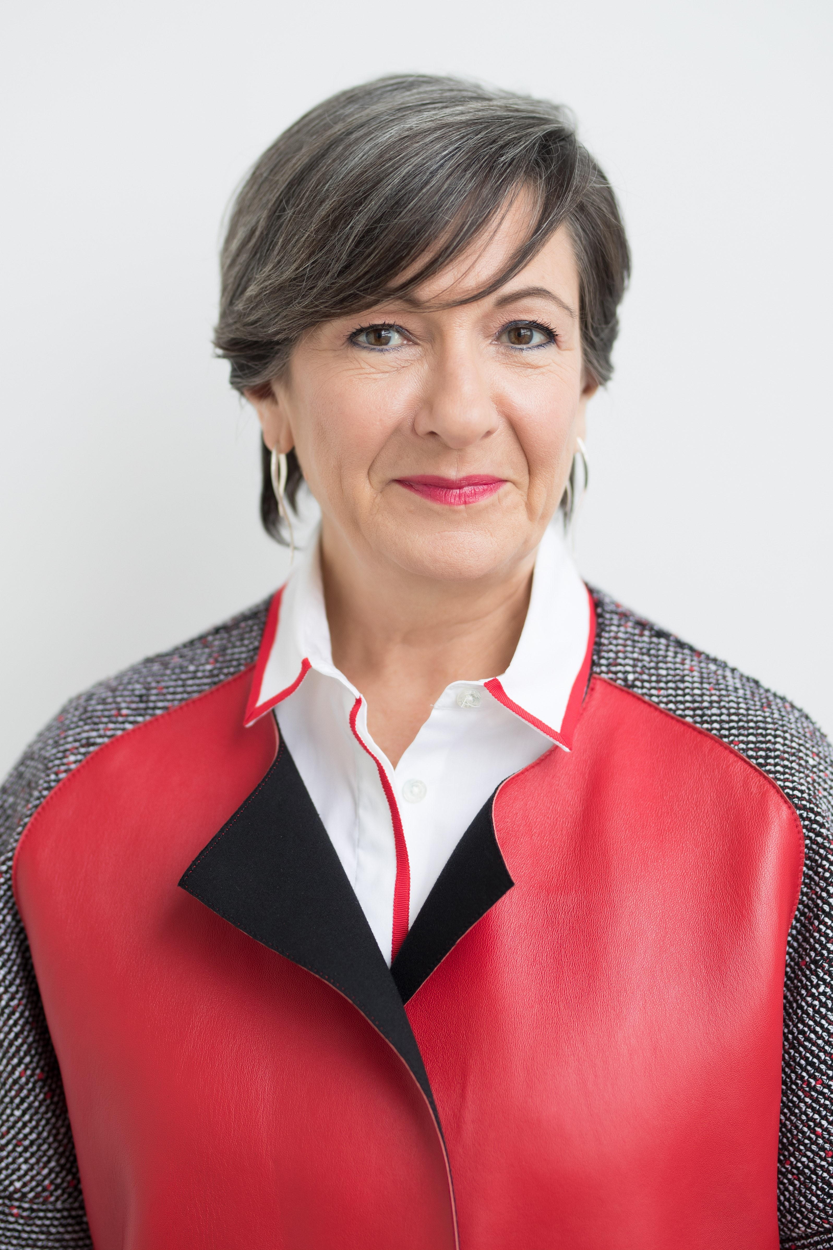 Louise St-Pierre - Chair, Leadership Fellows Program