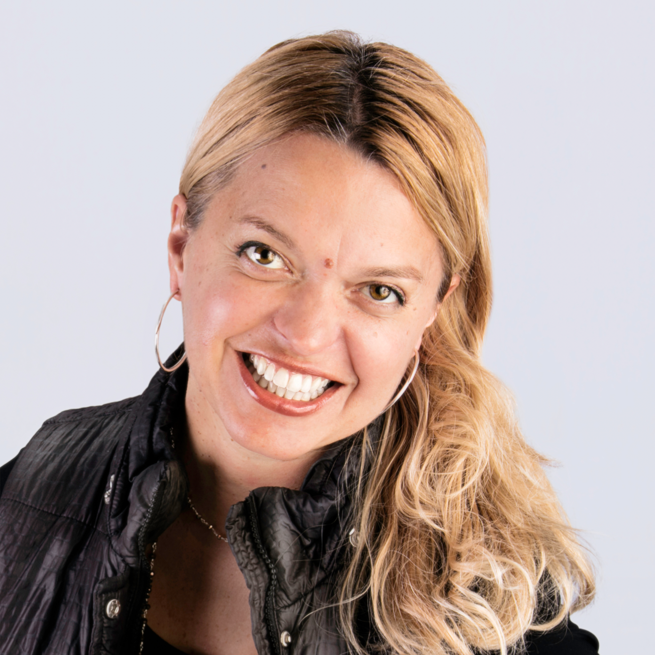 Rhonda Motil - Vice President Marketing, J. Lohr Vineyards & Wine