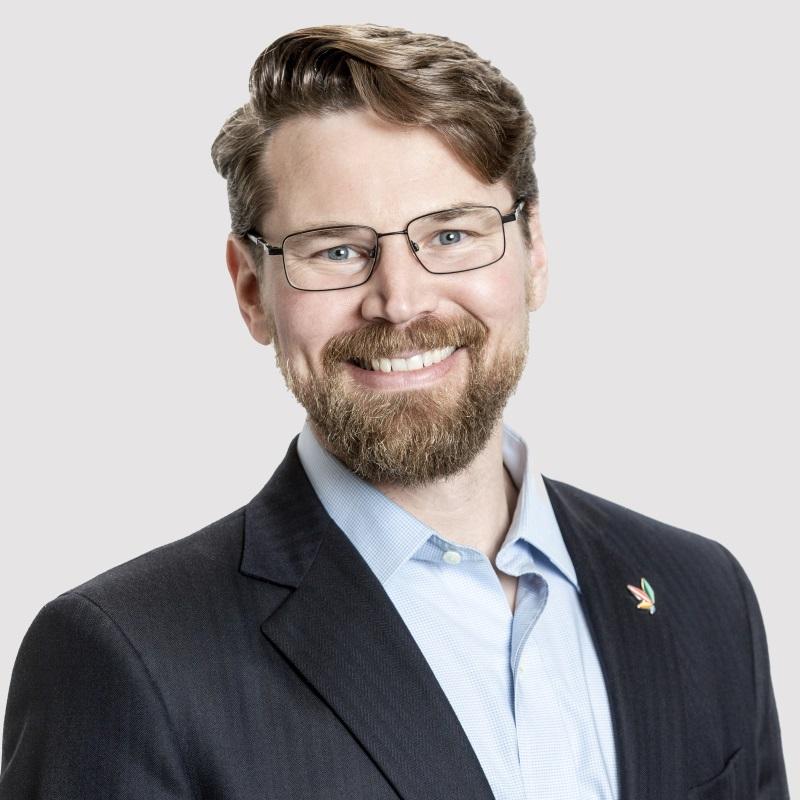 Eric Seyfert - Secretary