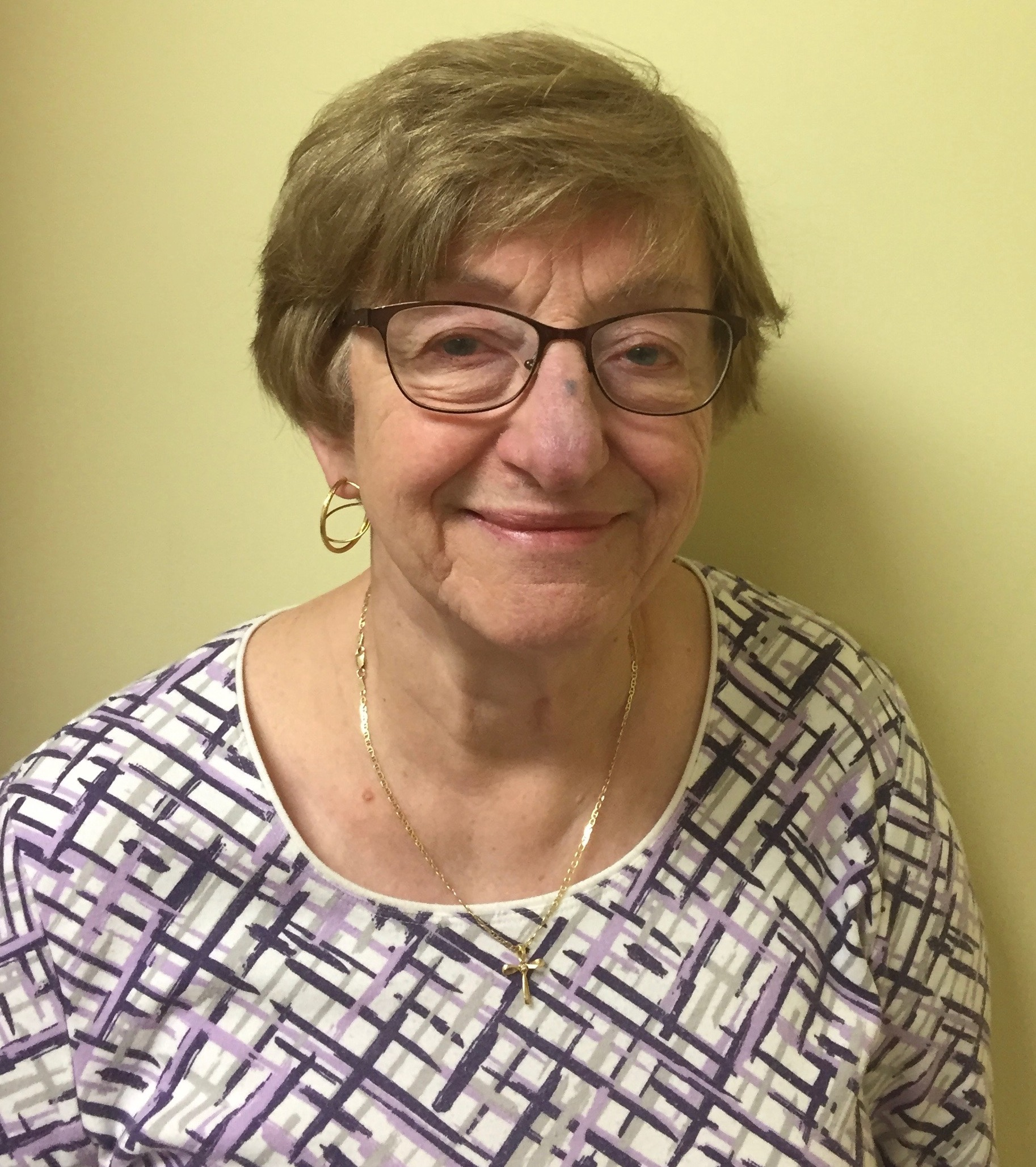 Geraldine Gillio - Archives Vice-chair