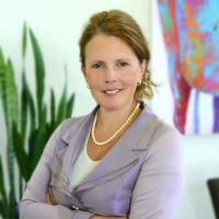Nancy German - Gouvernance corporative & Secrétaire