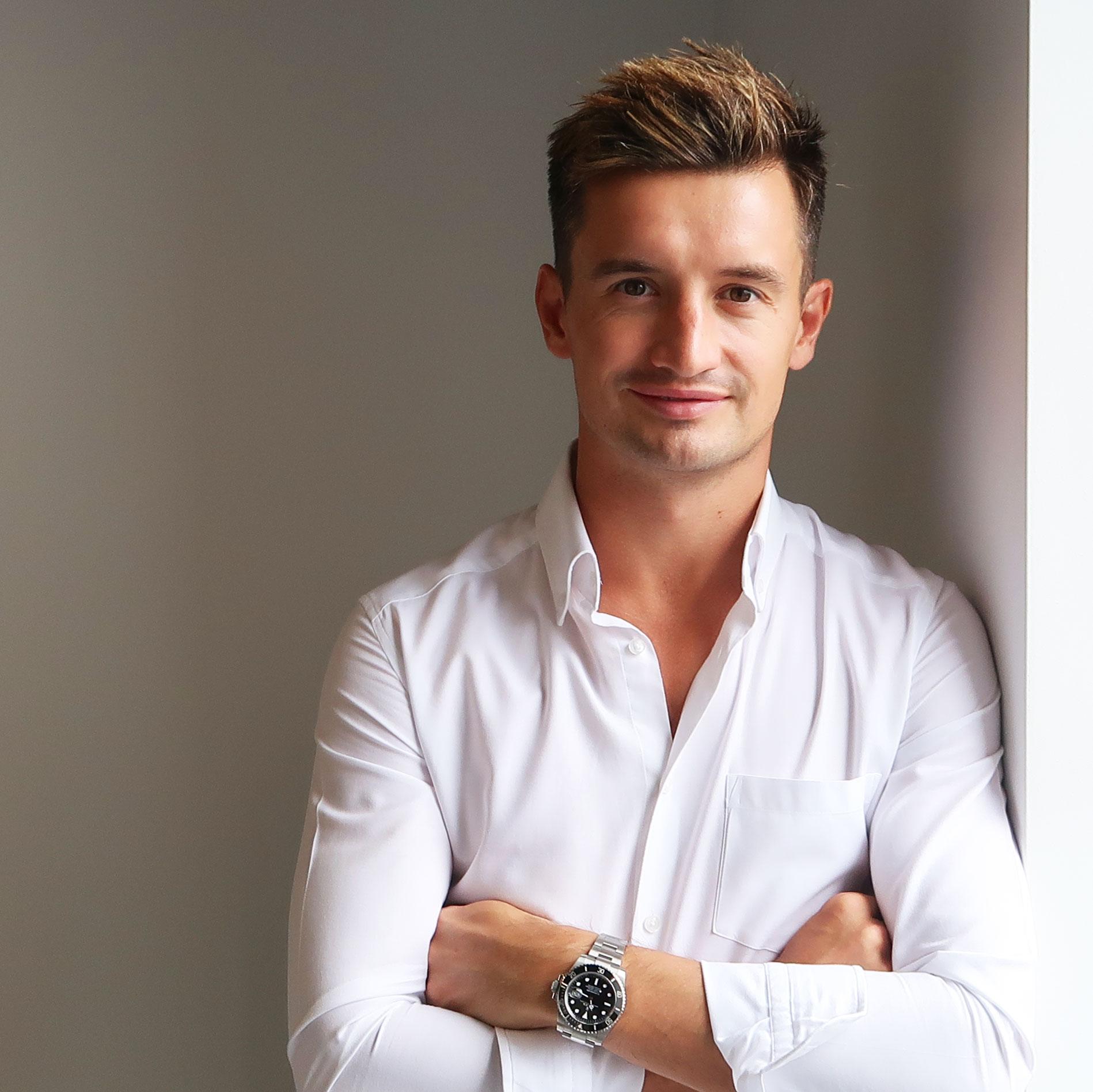 Andrew Lynch - Founder & Disruptor