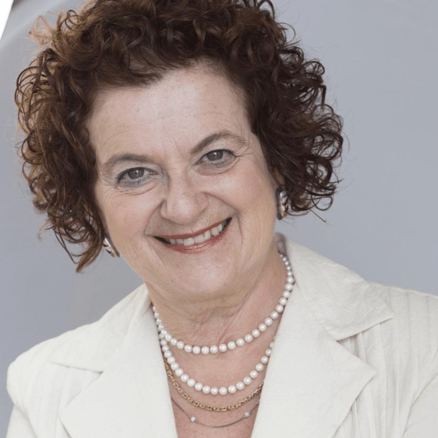Vivian Manasc - Program Chair