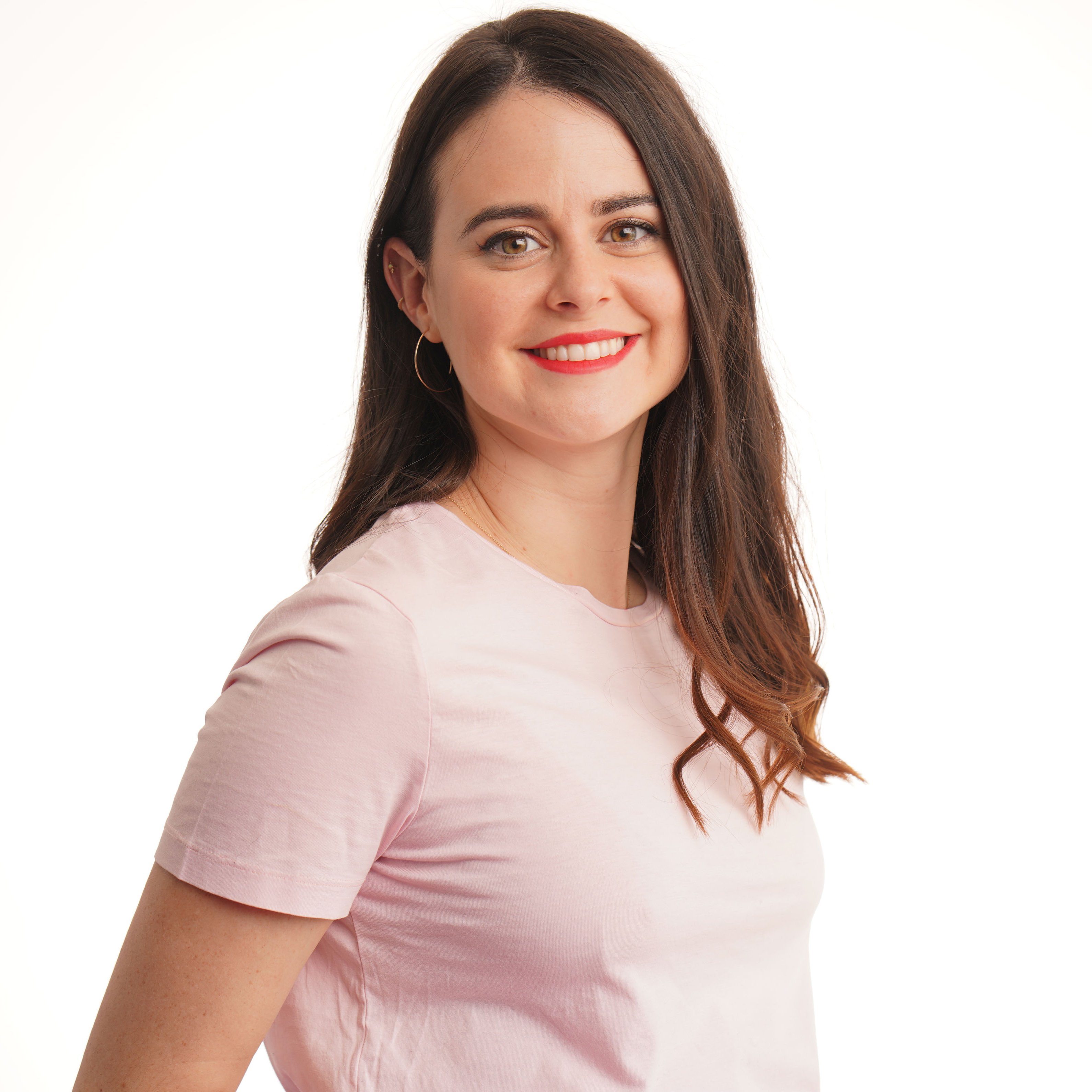 DANIELLE GRANT - Senior Marketing Manager, Consume