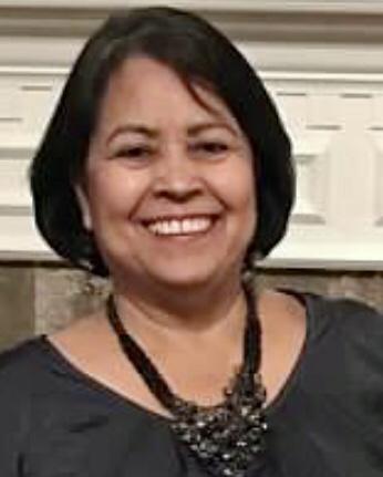 Estela Andersen - Bookkeeper