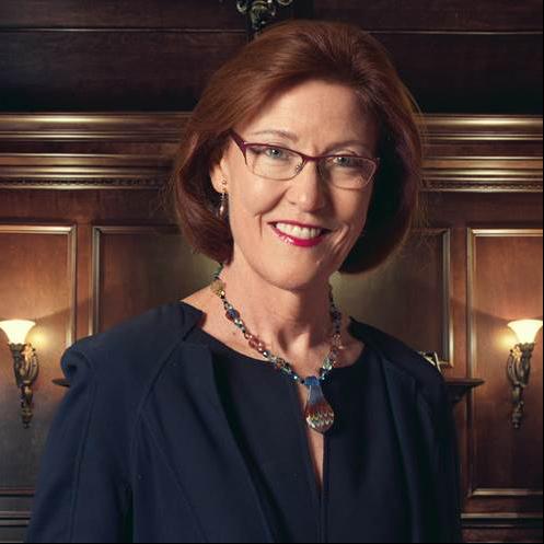 Mary Rozsa de Coquet - Governance